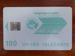 Télécarte De Djibouti - 100U - SC7 ISO - Sans Trou Au Verso - N° Rouges 00035072 - Djibouti