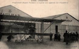 "LYON-AVIATION - PAULHAN (Biplan Farman) A Baptisé Son Appareil Le ""Gypaète"" (Animée) - Meetings"