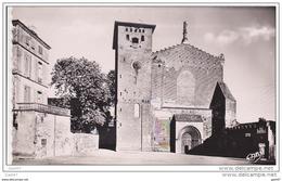 Cpsm Petit-Format  Réf-JP-Q-188 (  Dép-81 à  GAILLAC )   L' Eglise  Saint-Michel - Gaillac