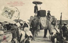 ANNAM  HUE Elephant Carapaconné Contenant La Foule Pendant La Fete + Timbres 1c Indochine RV - Vietnam