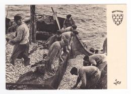 56 Retour De Pêche N°31 En 1967 VOIR DOS Vazad A Oa'vel E Dadou Stlejour Rouedou Pêcheurs Poissons Filets JP Kalloch - France