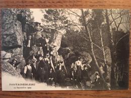 Carte Photo, Amicale B.J.O.H De Paris (Bijoutiers Joailliers,Orfèvres,Horlogers), En Sortie à Fontainebleau 19 Sept 1909 - Fontainebleau