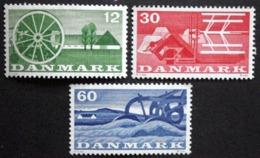 Denmark 1960  Agriculture / Landwirtschaft /   MiNr.378-80  MNH (**)  ( Lot  LL 507  ) - Denmark
