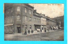 CPA STATTE : Rue De La Station - Animée ( Restaurant Coiffeur ...) Circulée - Ed. Laflotte, Photo, Bas-Oha - 2 Scans - Huy