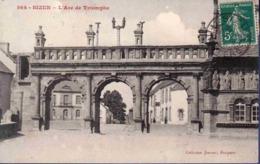 29 SIZUN L'arc De Triomphe - Sizun