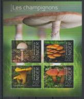 Niger 2013 Mushrooms Champignons MNH - Champignons