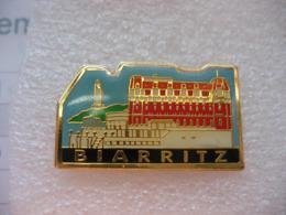 Pin's De La Ville De BIARRITZ. Phare - Cities