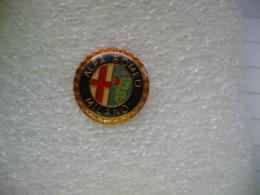 Pin's Embleme Des Voitures ALFA ROMEO MILANO - Alfa Romeo