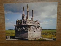 Tronoën , Le Calvaire , L'un Des Plus Anciens De Bretagne ( 1450-1460 ) - Saint-Jean-Trolimon