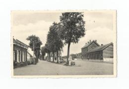 Beernem  Station En Hubert D'Ydewallestraat. - Beernem