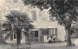 Brignais   69    Une Villa   Chez M  Et Mme Girend   Cage Et 2 Perroquets    (voir Scan) - Brignais