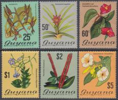 Guyana 1972-1973 - Definitive Stamps: Local Flowers - Part Set High Values Mi 403,405-409 ** MNH - Guyana (1966-...)