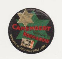 F/ETIQUETTE DE CAMEMBERT DE CERISY BELLE ETOILE 61 0 - Quesos