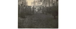 GR  -   Photo  -  Soldats Allemands Arrivée Course à Pieds - Guerre 1914-18