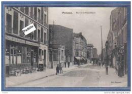 Carte Postale 92. Puteaux  Rue De La République Très Beau Plan Animé - Puteaux