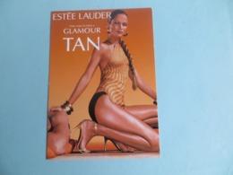 CPM Publicitaire Maquillage Estée LAUDER  In The Sun -  Pin Up Talon Aiguille - Publicité