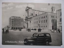 CPA CPSM CP CARTOLINA ITALIE ITALIA LAZIO LATIUM CIVITAVECCHIA V1950 - CATTEDRALE ANIMATA AUTO / CATHÉDRALE - TBE - Civitavecchia