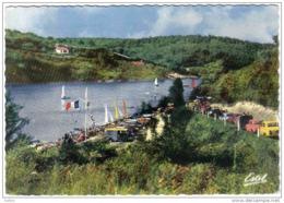 Carte Postale 85. Fontenay En Forêt De Mervent Course De Voiliers Sur Le Lac Trés Beau Plan - Fontenay Le Comte