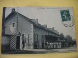 51 7950 CPA 1911 - 51 CAMP DE CHALONS. MANUTENTION MILITAIRE. EDIT. COLLIQUET - ANIMATION. ATTELAGES. - Camp De Châlons - Mourmelon