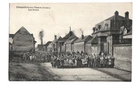 /80/ FEUQUIERES EN VIMEU LES ECOLES - Sonstige Gemeinden