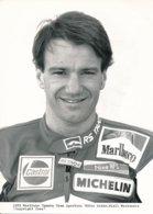 Niall Mac Kenzie Sur Moto 500 Cc 1989 - Marlboro Yamaha Team Agostini - Photo 20 X 15 Cm Env. - Sporten