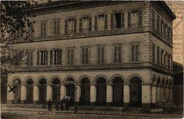 CPA MILITAIRE Paris-Quai De La Rapee (316687) - Pension Du Docteur Eon, La