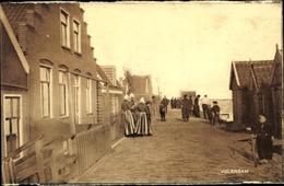 Cp Edam Volendam Nordholland Niederlande, Straßenpartie, Frauen In Tracht - Unclassified