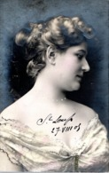 CPA FRANCE 1905 - UNE BIEN JOLIE FEMME ! - Women