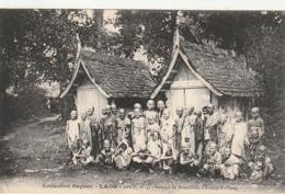 *** LAOS ***  Groupe De Bonzillons A Luang-Prabang, Junge Buddhistische Mönche  Unused   Excellent état /so Nice - Laos