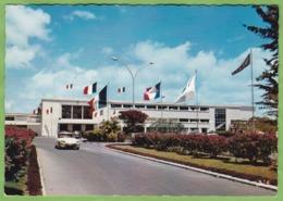 Belle CPSM GUADELOUPE Raizet Airport Aéroport Voiture Citroen DS - Guadeloupe