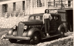 Automobile C.1940 Photo - Automobiles