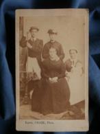 Photo CDV Barth. Chaize - Groupe Familial Posant Avec Nourrice Et Bébé, Second Empire Circa 1865-70 L472 - Photographs
