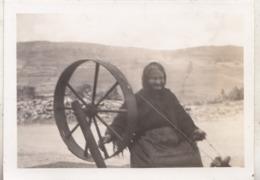 Aran Island - Mrs O'Sullivan (81) - The Last Of The Hand Spinners - Photo 6.5 X 9 Cm - Beroepen