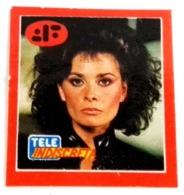 """Ancien Autocollant - TELE INDISCRETA Magazine - Caractère De La Série Télévisée Des Années 80 """"V"""" - Aufkleber"""