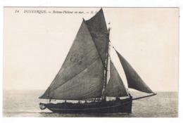 DUNKERQUE  BATEAU PECHEUR EN MER - Dunkerque