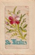 SAINT NICOLAS  -  CARTE GAUFFREE ET BRODEE - - Saint-Nicholas Day