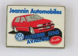 1 Pin's AUTOMOBILE VW / AUDI - CONCESSIONNAIRE VW/AUDI JEANNIN AUTOMOBILES - Audi