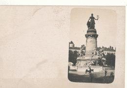 69 // LYON   CARTE PHOTO    Monument * - Lyon