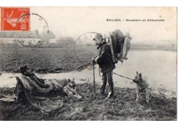 BAILLEUL - Douaniers En Embuscade - Other Municipalities