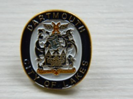 Pin's Dartmouth City Of Lakes Amicitia Crescimus - Boy Scout - Scoutisme - Scouts - Pfadfinder - BADEN POWELL - Associations