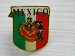 Pin's MEXICO - Boy Scout - Scoutisme - Scouts - Pfadfinder - BADEN POWELL - Associations