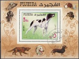 FUJEIRA - 1970 - Foglietto Dentellato Obliterato Con Timbro FDC Raffigurante Cani Da Caccia. - Fujeira