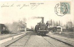 ESVRES . LA GARE ET LE TRAIN - Francia