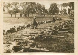 GRANDE PHOTO ORIGINALE AGENCE SYRAL  AUSTRALIENS SUR LE FRONT FRANCAIS  FORMAT  17 X 13 CM - Oorlog, Militair