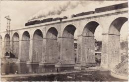 LAVAL - Le Viaduc Et Le Train - CPSM PF - Laval