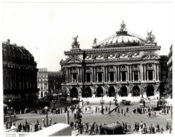 Paris (75) - Place Du Théâtre Pendant L'occupation Allemande (période De Guerre 39-45) - Photos