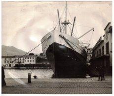 Photo Quais De Port Vendres (66) - Bateau De La Compagnie De Navigation Mixte. - Photos