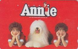 RARE TC Japon / 110-011 - Film Cinéma Musical - ANNIE - Animal Chien BOBTAIL - Dog Japan Movie Phonecard - 11726 - Cinema
