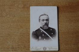 Cdv Officier RUSSE Avec Son Insigne Vers 1880  Par BOGACKI  WARSZAWA Varsovie Pologne - Oorlog, Militair