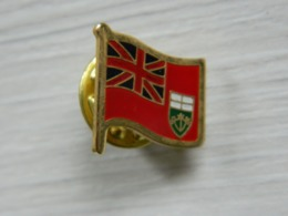 Pin's Scout - Boy Scout - Scoutisme - Scouts - Pfadfinder - BADEN POWELL - Associations